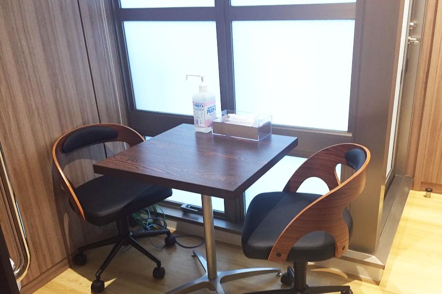 ゆうスキンクリニック新宿院 / カウンセリング室